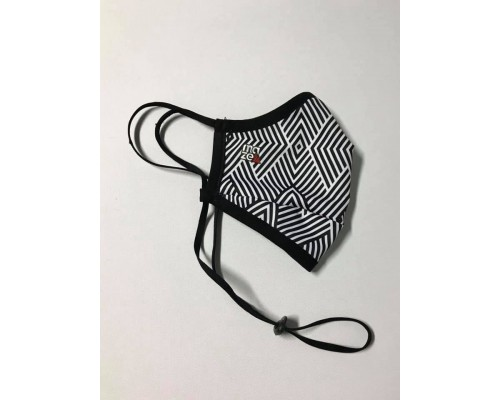 Трипластова защитна маска за многократна употреба LABYRINTH
